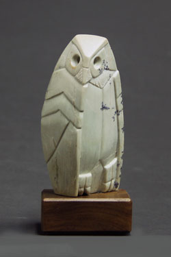 A photo of dendritic soapstone owl #25 by Clarence P. Cameron of Madison, Wisconsin
